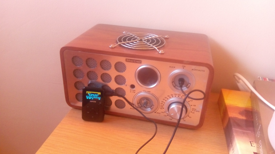 Altavoces y amplificador acabados